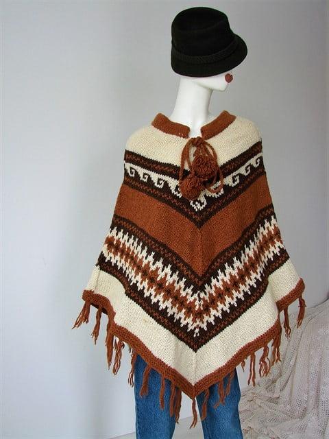 Poncho vintage gros lana crem maro franjuri ciucuri nepal