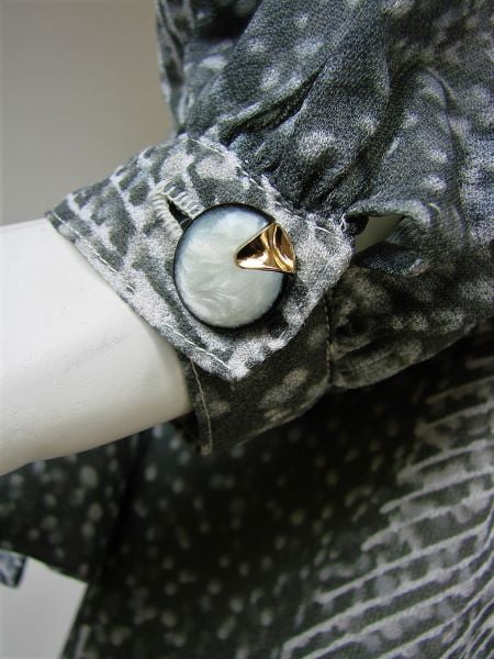 Costum dama bluza fusta gri alb vintage anii 80