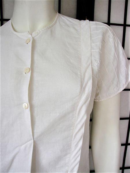 Bluza vintage alba panza bumbac si in maneca scurta picata broderie