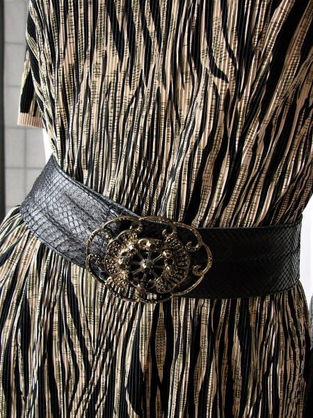 Curea vintage neagra piele sarpe catarama bijuterie