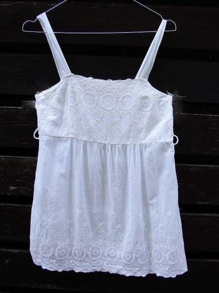 Top alb second hand bumbac broderie India