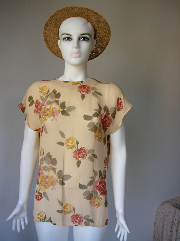 Bluza vintage voal crem trandafiri rosii galbeni frunze kaki