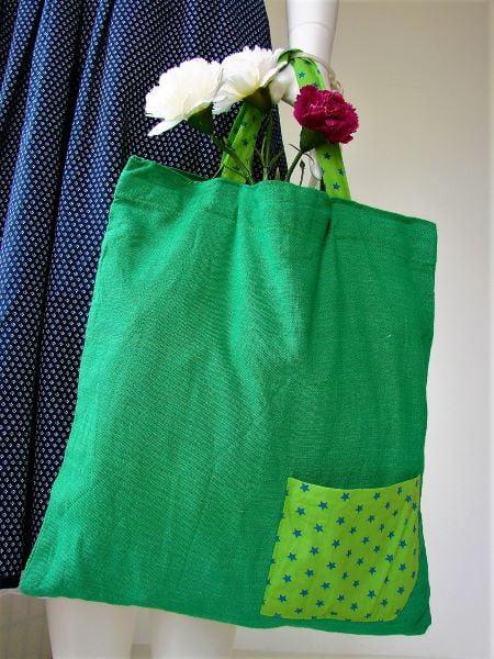 Sacosa handmade panza verde stelute