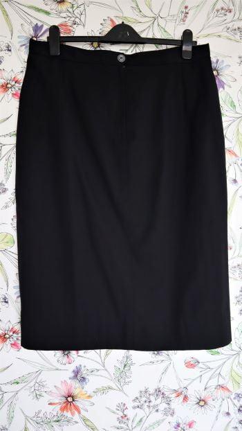 Fusta vintage stofa neagra dreapta marime L/XL