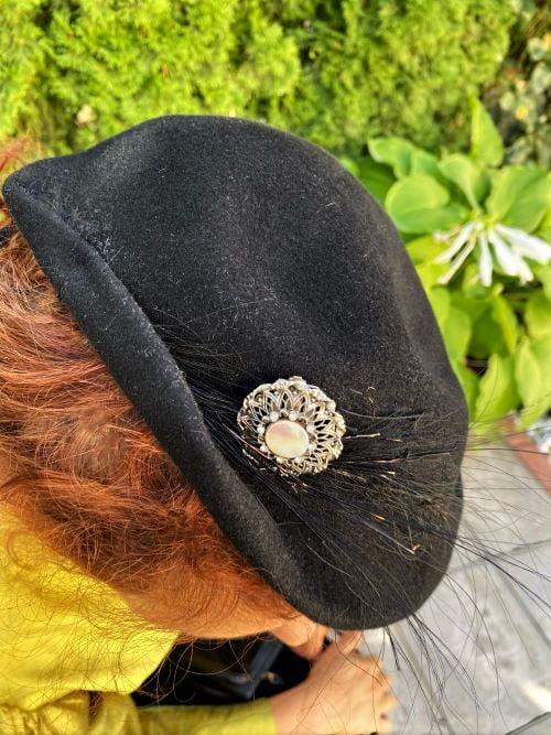 Palarie toca neagra vintage handmade