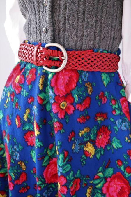Fusta larga lana albastra flori stril traditional popular vintage