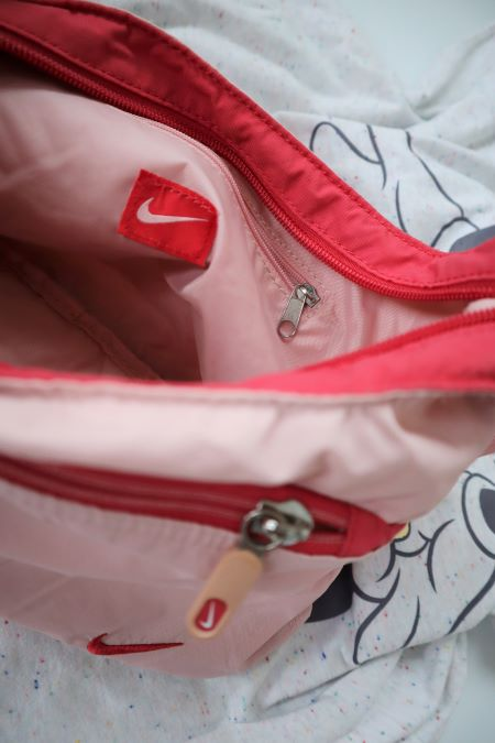 Geanta mica sport roz pal Nike second hand