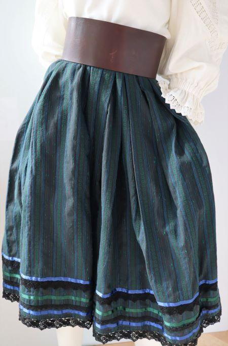 Fusta vintage neagra bumbac buzunare stil traditional popular