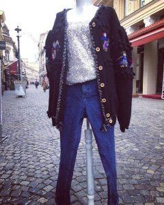 pulover vintage negru descheiat